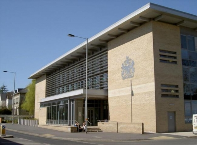 Boy, 17, held on murder charge after appearance at Salisbury court